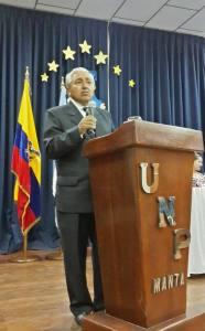 Conferencia sobre el Día del Periodista Ecuaoriano.