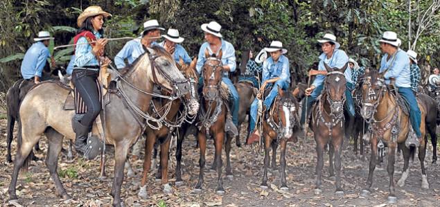 10_25 Manabí tierra única de cholos y montuvios