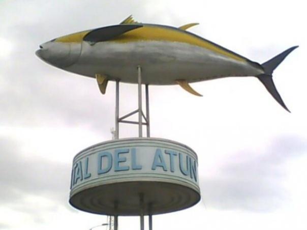 Monumento al atún2