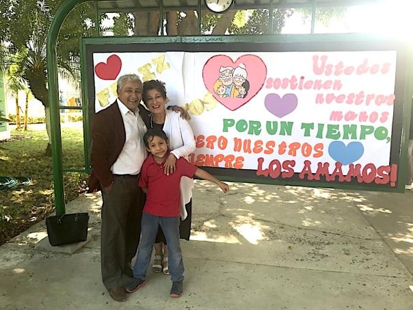 10 Elias, Joselias y Cecilia
