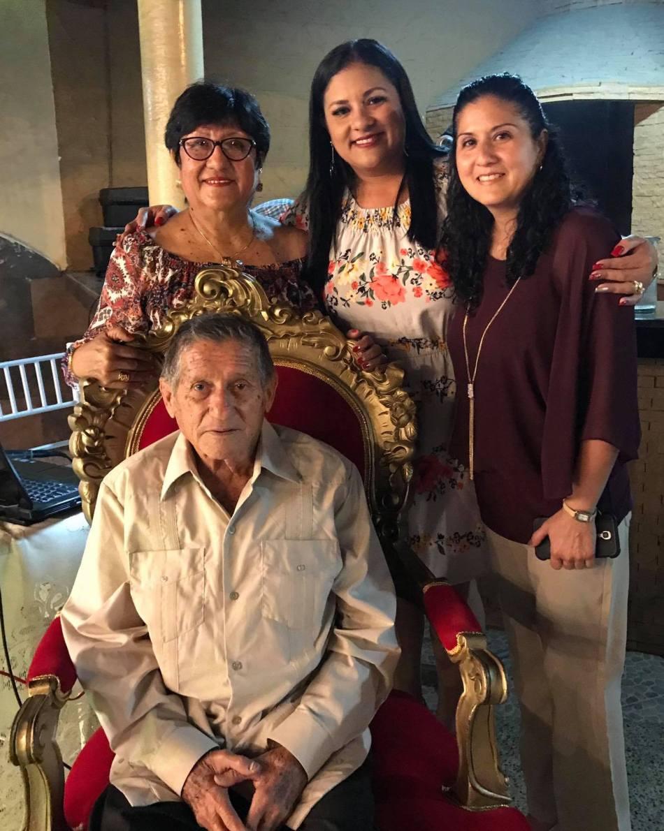 01 Ramón Cedeño Paz y familia